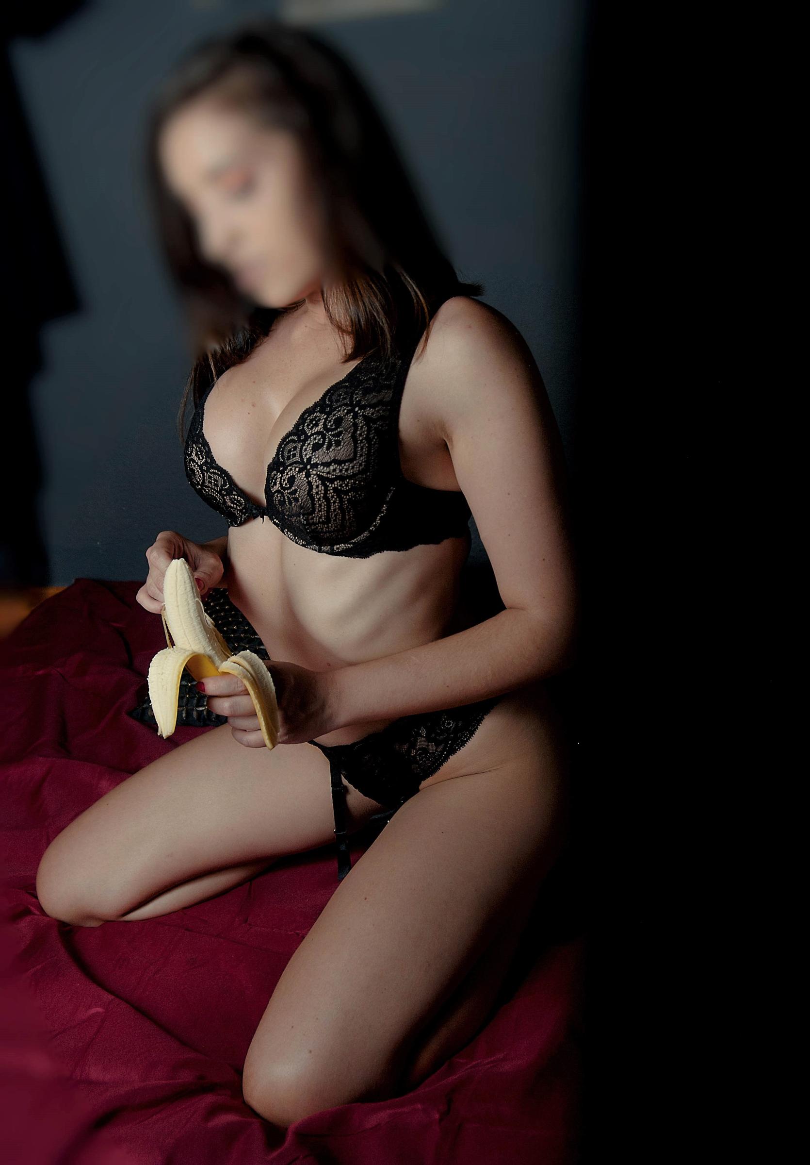 Masajista erótica Alicante Lara